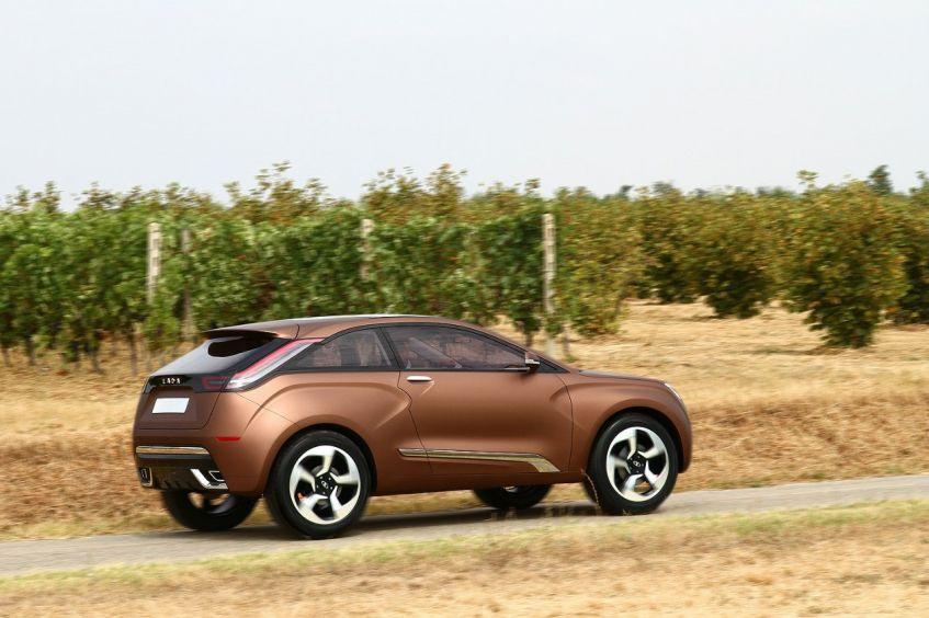 Фото  Lada  X -Ray (15)  Лада Гранта Люкс, Норма и Стандарт цена,  Фото и видео, отзывы и тесты, тюнинг.
